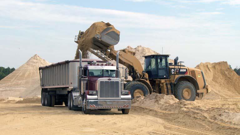 truck-loading-sand